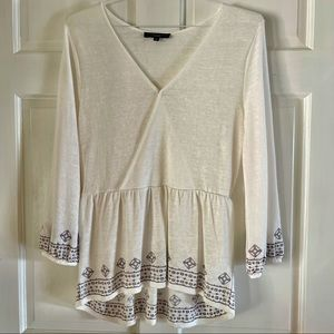 Sanctuary Clothing Women's Long Sleeve Embroidered Surplice Top Size M